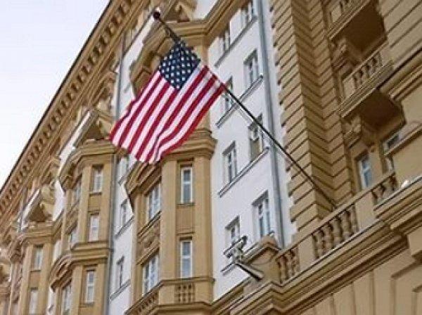 Американский шпион подрался в сотрудником ФСБ у посольства в Москве