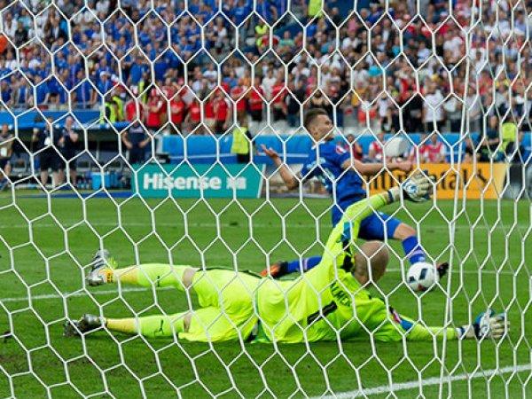 Исландский комментатор устроил истерику после победного гола в ворота Австрии