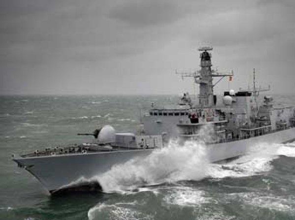 Британский фрегат перехватил российскую подлодку в Северном море