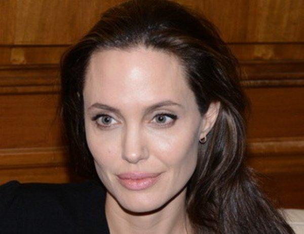 Анджелина Джоли, последние новости 19.06.2016: новые ФОТО актрисы шокировали фанатов