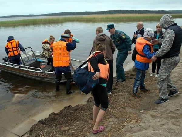 Трагедия в Карелии 19 июня 2016: выживший на Сямозере вожатый обвинил в произошедшем детей (ВИДЕО)
