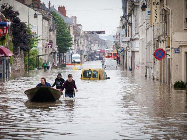 Наводнение во Франции 2016: жертвами стихии стали два человека (ФОТО, ВИДЕО)
