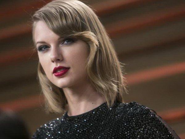 #Hiddleswift: ФОТО целующихся Тейлор Свифт и Тома Хиддлстона взорвали Интернет