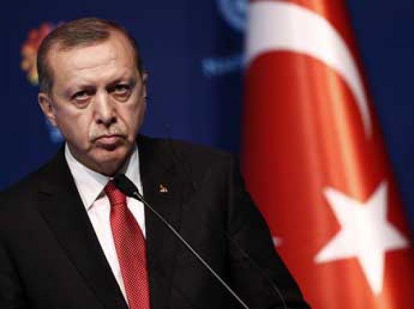 Эрдоган назвал ответственных за теракт в аэропорту Стамбула