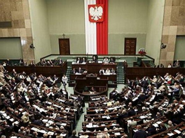 Польский сейм вынес резолюцию о признании  волынский резни геноцидом