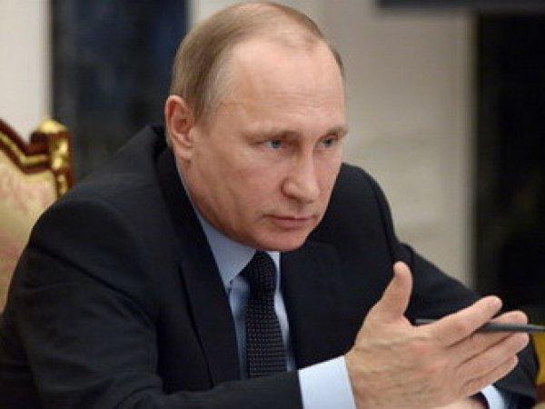 Путин распорядился отстранить от работы всех упомянутых в докладе WADA чиновников