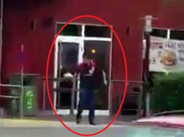 Стрельба в Мюнхене, последние новости: видео расстрела посетителей ТЦ появилось в Сети (ВИДЕО)