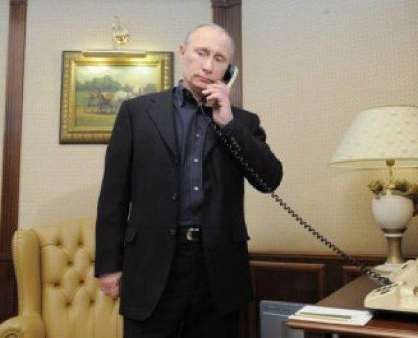 Путин осудил попытку переворота в Турции в телефонном разговоре с Эрдоганом