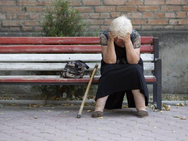 В Новокузнецке пенсионерка выложила в сеть голые фото дочери, чтобы найти ей мужа