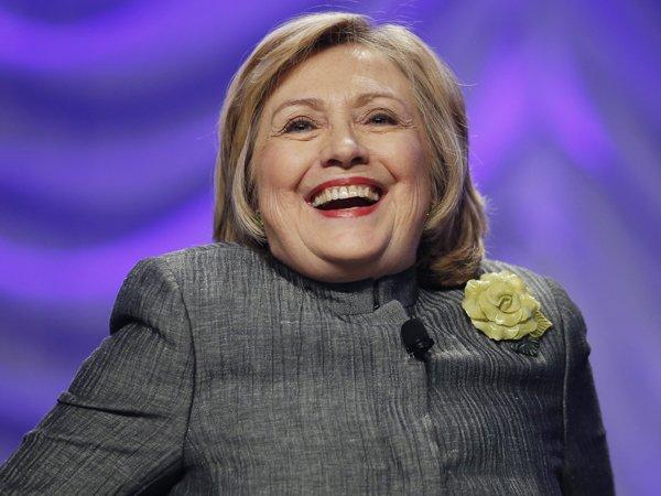 В конгрессе США требуют начать новое расследование против Клинтон