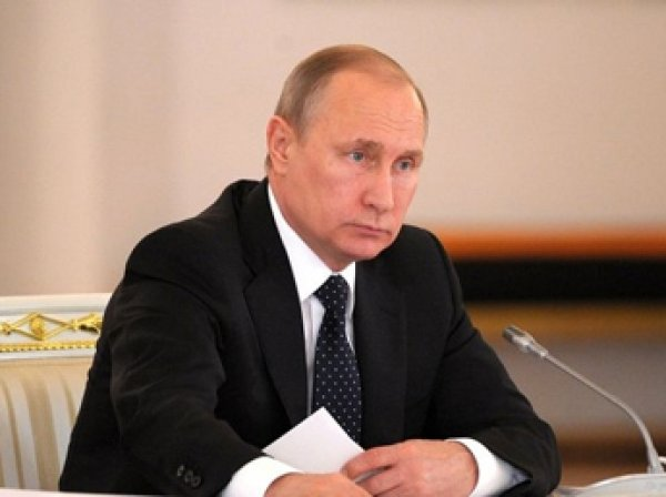 Путин ужесточил наказания за коррупцию в спорте и запретил в России ГМО