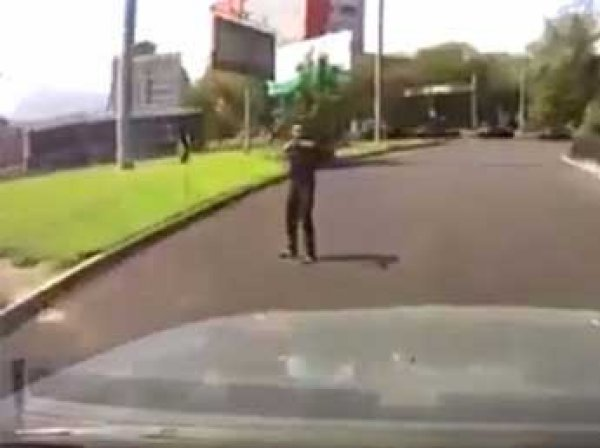 Казахстан, Алматы, новости сегодня 18 июля: убийца полицейских попал на видео