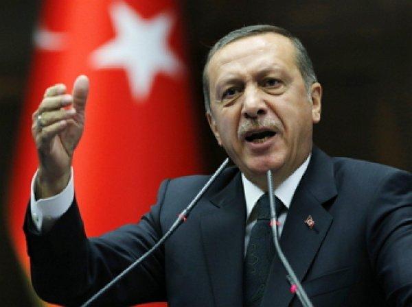 """""""Кто ты такой"""": Эрдоган обвинил главу центрального командования ВС США в поддержке мятежников"""