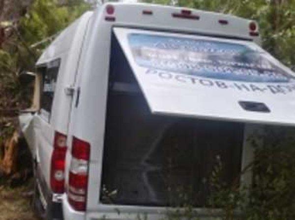 Автобус с туристами из Крыма попал в ДТП под Ростовом, есть жертвы