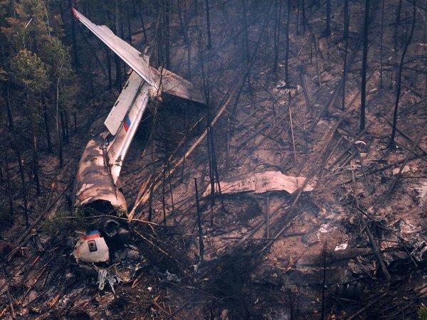 СМИ назвали основную версию крушения Ил-76 в Иркутской области