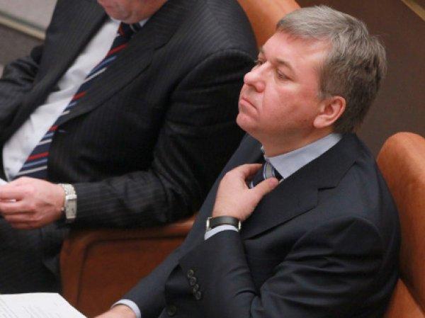 СМИ: бывший офицер ФСБ признался в вымогательстве у главы РАР  тысяч