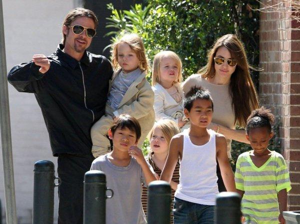 Анджелина Джоли, последние новости 2016: актриса хочет усыновить седьмого ребенка (ФОТО)