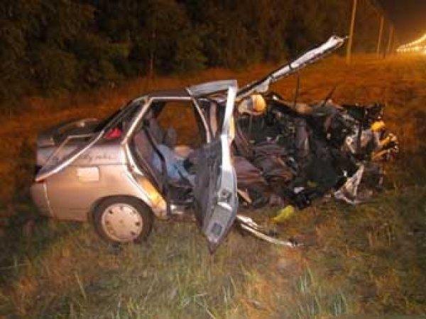 ДТП под Липецком в ночь на 29 июля 2016: в Сеть попали ФОТО страшной аварии, в которой погибли пять человек