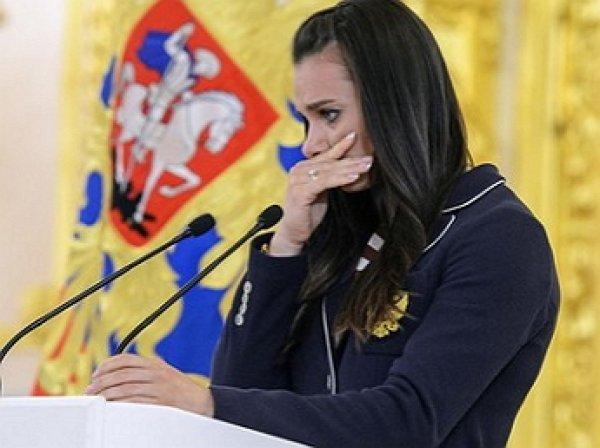 Исинбаева объяснила причину своих слез на встрече с Путиным
