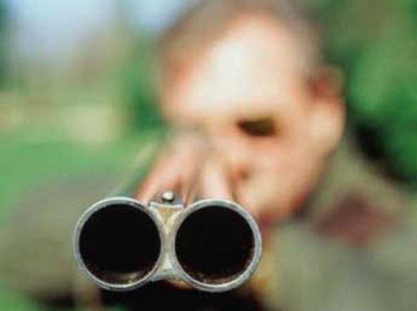 В Пятигорске пенсионер из-за трубопровода застрели соседа и себя