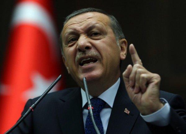 Переворот в Турции 2016: президент Турции Эрдоган обратился к нации по Skype (ФОТО)