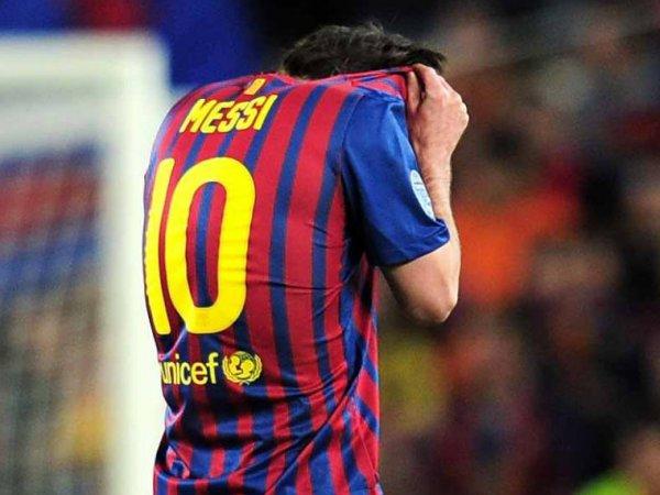 """Месси в депрессии: аргентинец решил уйти из """"Барселоны"""""""