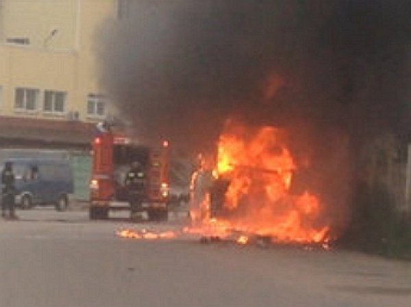 В Петербурге при взрыве баллона в автобусе погибли два человека