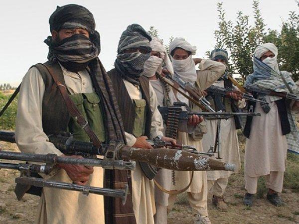 В Афганистане талиб-смертник случайно подорвал 11 коллег