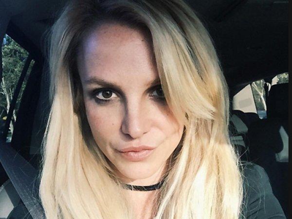 Бритни Спирс выложила в Инстаграм ФОТО топлесс