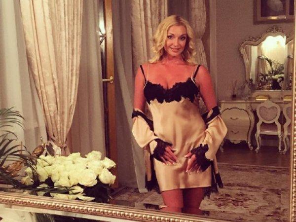 Директор агентства обвинил Волочкову в проституции и назвал расценки на ее услуги (ФОТО)