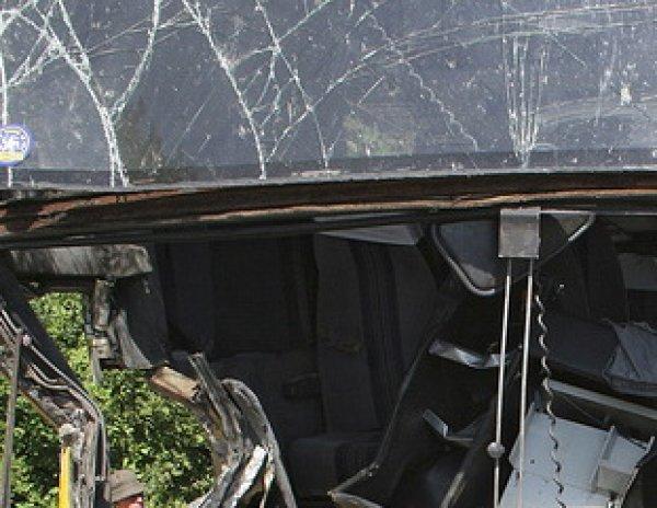 Авария в Крыму 11 августа 2016: в упавшем с обрыва автобусе погибли 5 человек