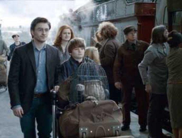 Новая книга о Гарри Поттере стала самой быстро продаваемой в США за 10 лет