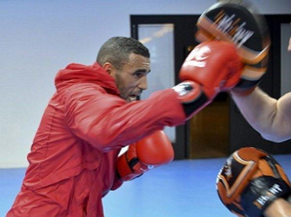 Боксера из Марокко подозревают в изнасиловании горничных в Олимпийской деревне