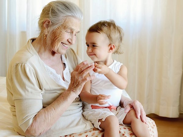 Ученые нашли взаимосвязь между долгожительством родителей и их детей