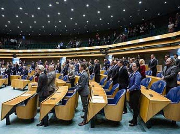 СМИ узнали о планах Нидерландов снять санкции против РФ и выйти из ЕС