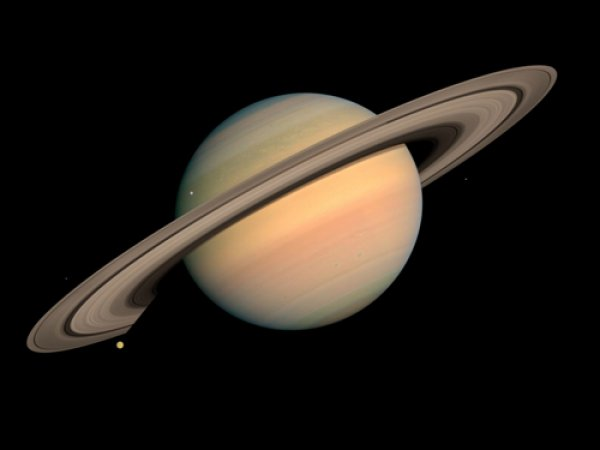 Ученый NASA рассказал об инопланетянах на кольцах Сатурна