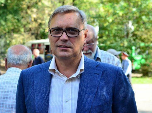 Нападение на Касьянова в Ставрополе: главу ПАРНАС атаковали перед встречей с жителями края