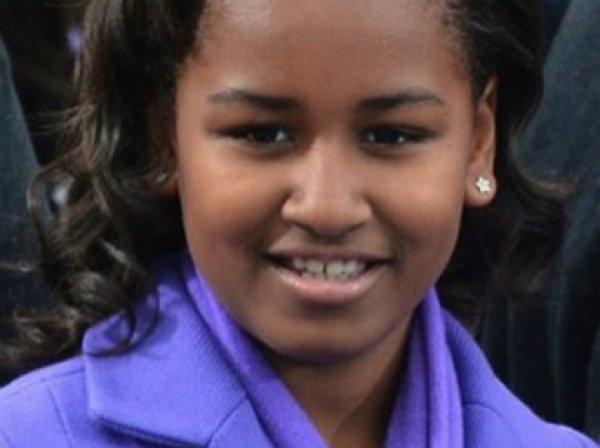 Младшая дочь президента Обамы пошла работать в рыбный ресторан