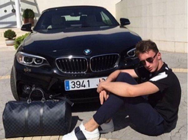 Мажор, катавшийся по «Музеону» на BMW, задержан полицией