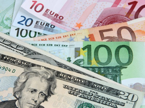 Курс доллара доллара на сегодня, 28 августа 2016: американцы помогли рублю подняться - эксперты
