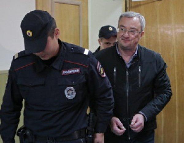 Фигурант дела экс-губернатора Гайзера покончил с собой столичном СИЗО