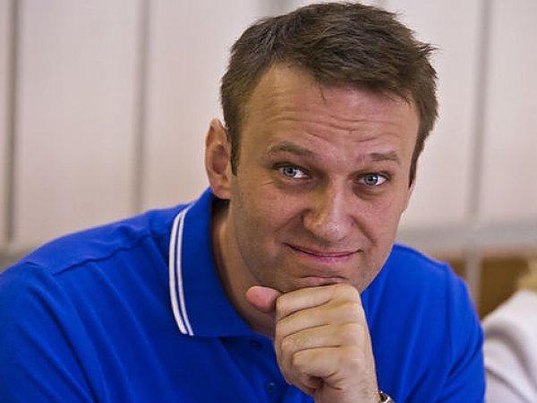 Суд отказался изменять Навальному условный срок на реальный