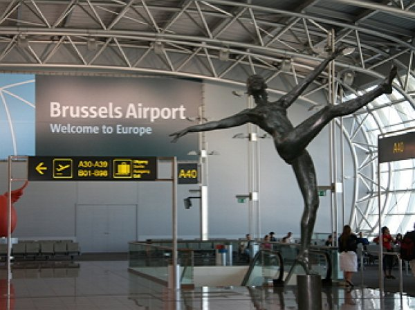 В аэропорт Брюсселя направляются два самолета с бомбами на борту - СМИ