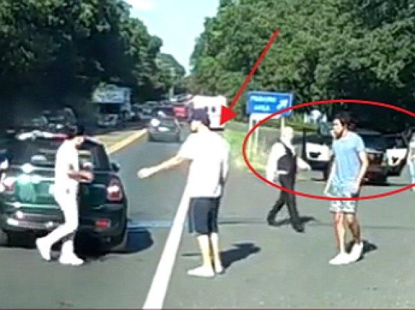 В Сети появилось ВИДЕО автоаварии Леонардо Ди Каприо с подругой-моделью попал в ДТП