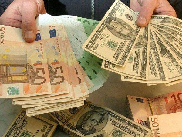 Курс доллара на сегодня, 3 августа 2016: правительству предложили сделать доллар по 75 рублей