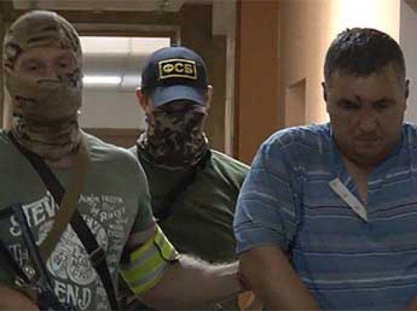 """СМИ: крымских диверсантов """"прикрывали"""" офицеры ВМС Украины"""