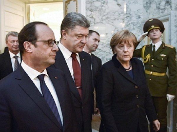 Порошенко пожаловался Меркель и Олланду на Россию
