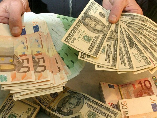 Курс доллара на сегодня, 26 августа 2016: курс доллара сегодня устремится к 66 рублям – эксперты