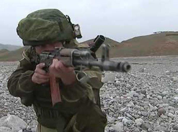 В Таджикистане военного из России зарезали в ресторане на глазах у жены
