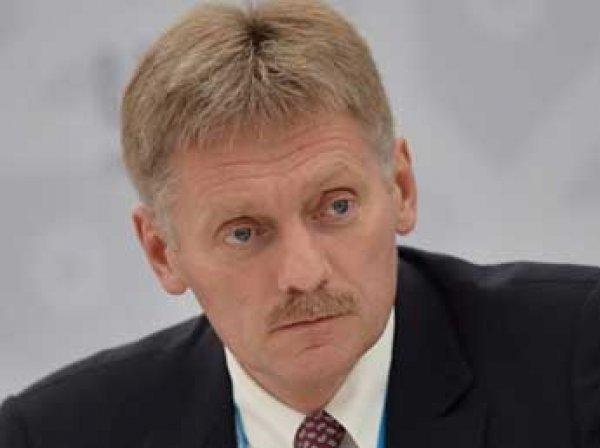 Песков прокомментировал слова Медведева о зарплате учителям